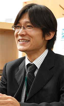 メディア信号処理研究室大竹 敢 教授